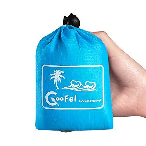 Coofel Pocket Blanket, Waterproof Outdoor Portable Picnic Mat with Corner Loops and Biner Beach Blanket mat …